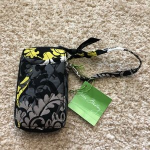 NWT Vera Bradley All in one wristlet in Baroque